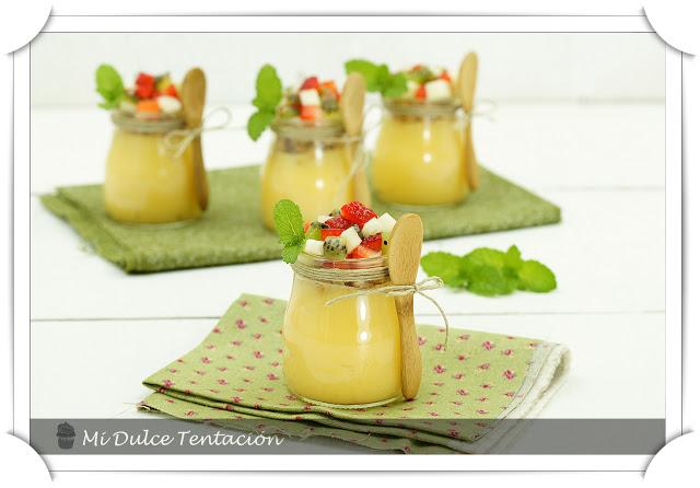 Vasitos de lemon curd y fruta horizontal