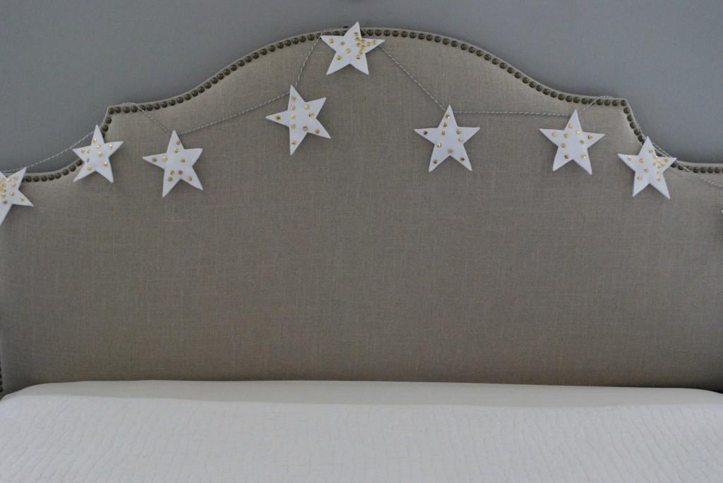 Wendy-Hyde-Hanging-Star-Garland-big-1024x685